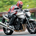 Revista Moto.com: Suzuki Bandit 1250 – Depois da plástica, a maior das Bandit recupera seu poder de sedução