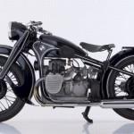 BMW Motorrad 93 anos fabricando sonhos.
