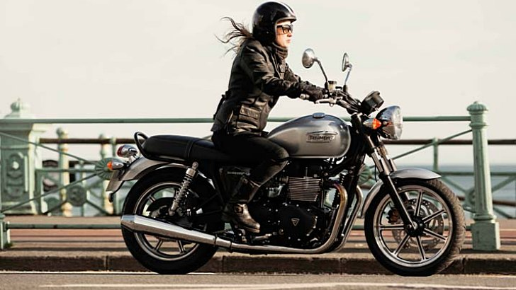 2014-triumph-bonneville-shows-up-prices-and-colors-announced-photo-gallery-66401-7