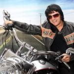 O Povo – Elvis Presley cover faz show em encontro de motocicistas