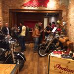 A norte-americana Indian Motorcycle abriu uma loja temporária na cidade de Campinas -SP