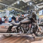 Harley apresenta suas novidades no salão de motos de Colônia, na Alemanha