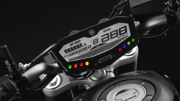 2015-Yamaha-MT-07-painel-620x348