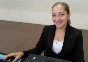 Neide Pereira é garupa e trabalhou na recepção do Salão.