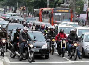 Trânsito-motos