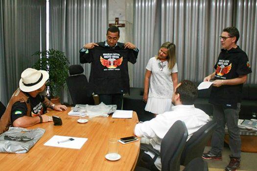 Organizadores do Brasília Capital Moto Week em visita ao vice-governador do DF, Renato Santana, para tratar do planejamento estratégico da capital em função do crescimento de cinco para dez dias do maior evento de Brasília.